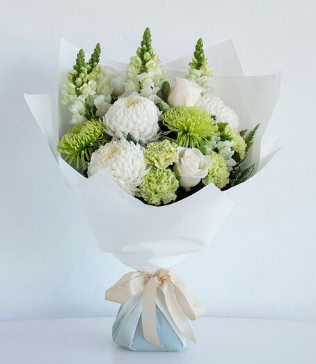 Fresh flowers in Perth classic whites